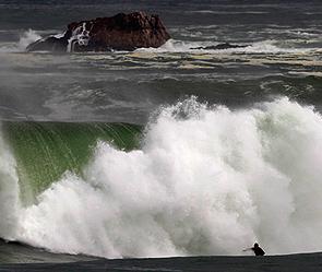 Камчатка - 10-метровые волны (295x249, 78Kb)