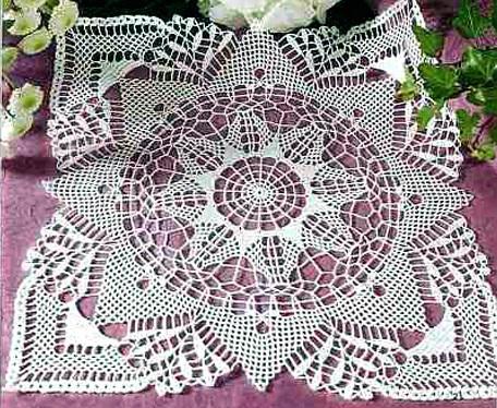 Вязание салфеток.