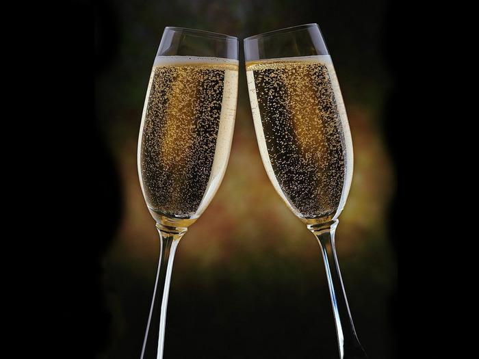 champagne-1600 (700x525, 80Kb)