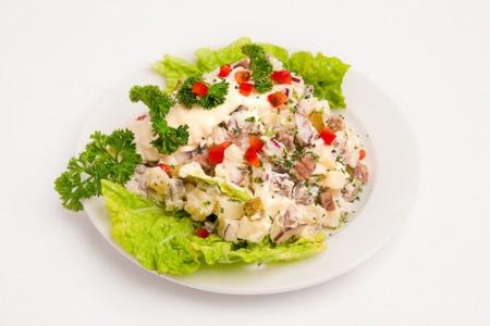 1323871408_sloenyj-salat-s-yablokami-i (450x300, 42Kb)