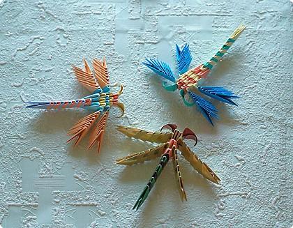 Получившиеся стрекозы хорошо машут крыльями и очень нравятся детям.  Если предполагается использовать их как игрушку...