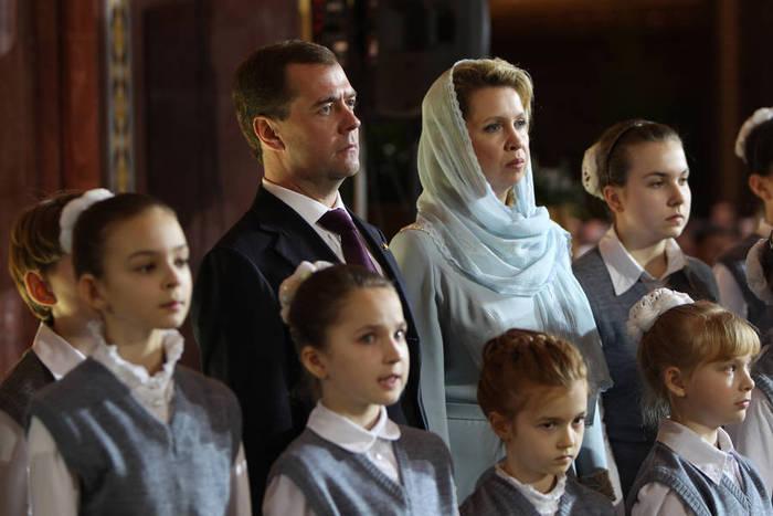 Prezident_RF_Dmitriy_Medvedev (700x467, 46Kb)