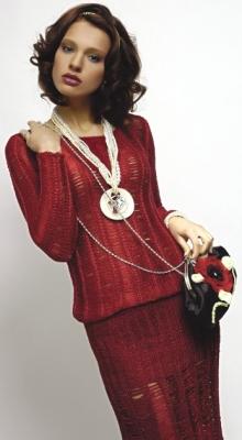 красный костюм 1 (220x400, 61Kb)