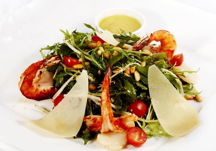 samyiy-vkusnyiy-salat-s-krevetkami (700x491, 140Kb)
