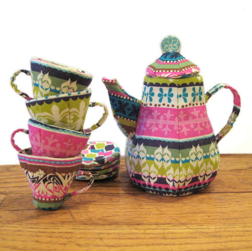 Quilted-Mad-Tea-Party-Set (500x497, 41Kb)