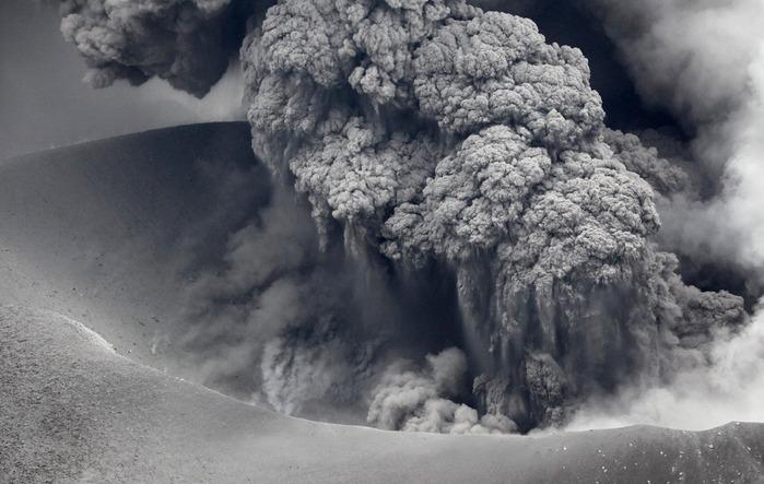 volcanoes_01 (700x443, 106Kb)