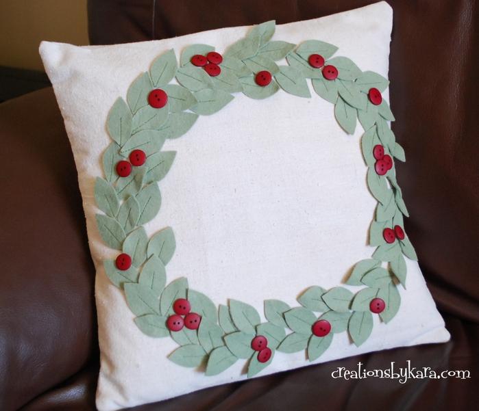 pottery-barn-wreath-pillow-0391 (700x601, 270Kb)