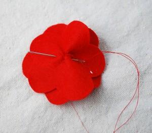 felt-flower-hair-clip-tutorial-008-300x262 (300x262, 20Kb)