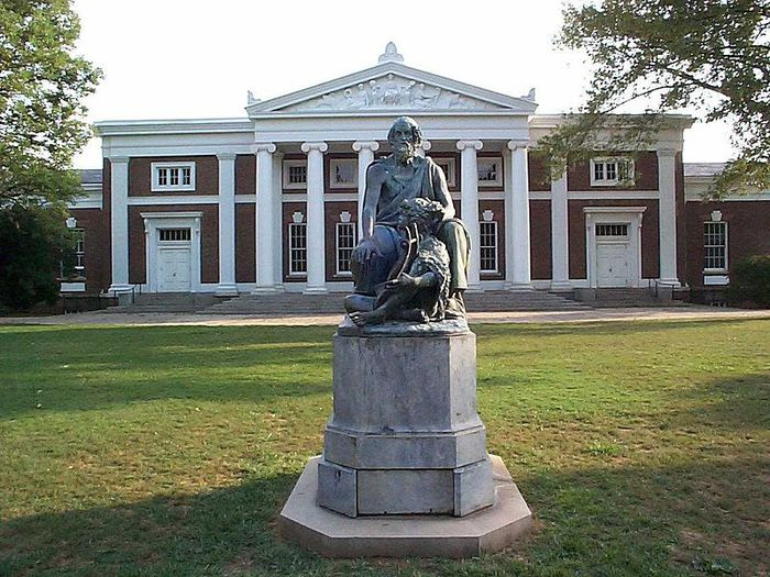 800px-Old_Cabell_Hall_and_Homer_University_of_Virginia (700x525, 103Kb)