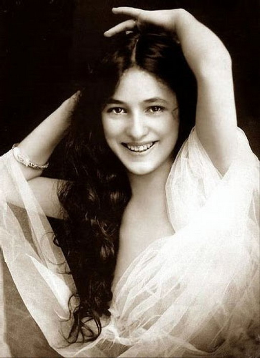 evelyn-nesbitt-portrait-1 (508x700, 99Kb)