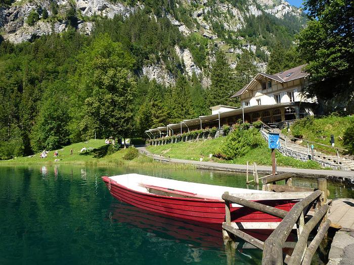 На холодно-синем стекле воды - Blausee 30355