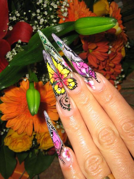 дизайн ногтей бабочка