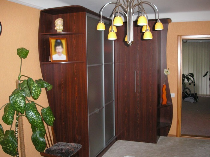 Угловой шкаф купе - удобство и комфорт