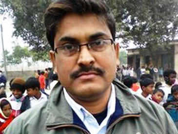 Индийский учитель - миллиардер (365x274, 27Kb)