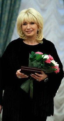 220px-Irina_Allegrova (220x417, 15Kb)