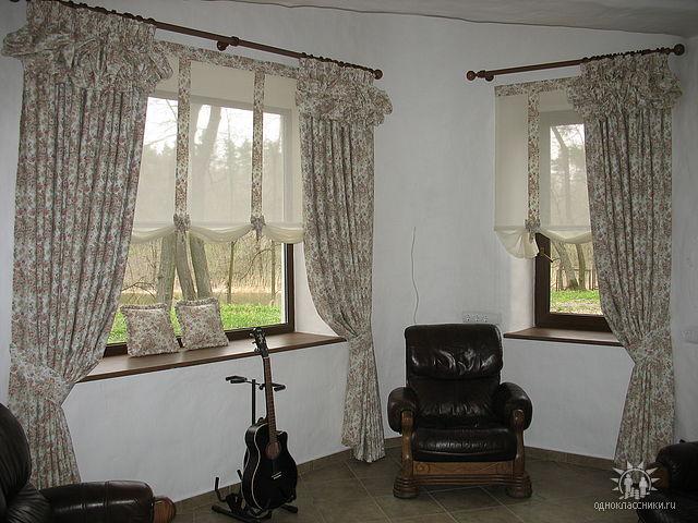 А плотная подкладка может сделать такие шторы даже светозащитными.