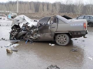 фото аварии (320x240, 31Kb)