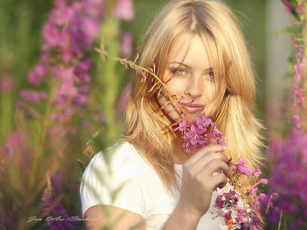 3387964_devyshka_620_7_ (620x465, 83Kb)