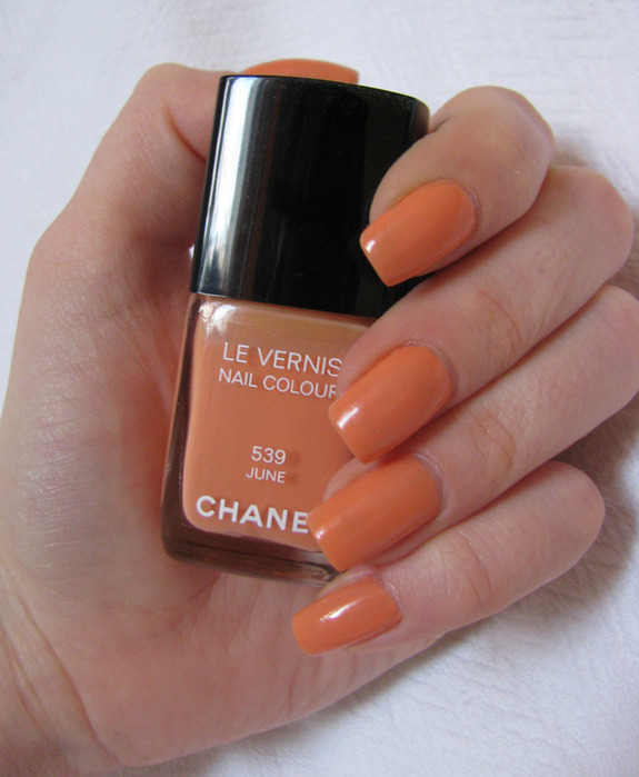 Chanel Le Vernis 539 June /3388503_Chanel_Le_Vernis_539_June_13 (575x700, 107Kb)