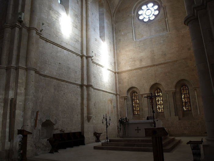 Бенедиктинское аббатство Фосанова :Fossanova 87154