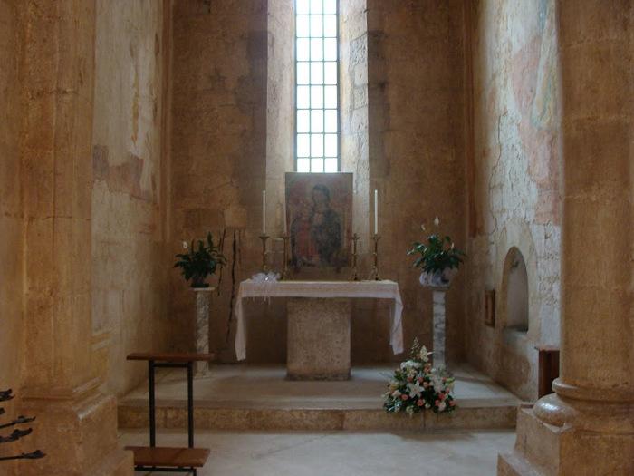Бенедиктинское аббатство Фосанова :Fossanova 14918