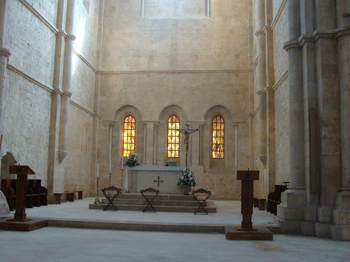 Бенедиктинское аббатство Фосанова :Fossanova 80053