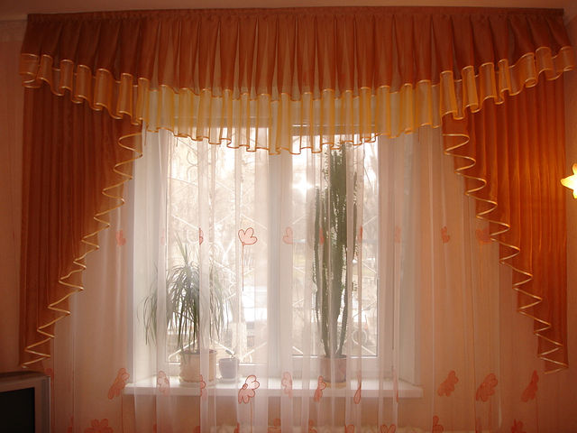 Фото пошив штор и ламбрекенов
