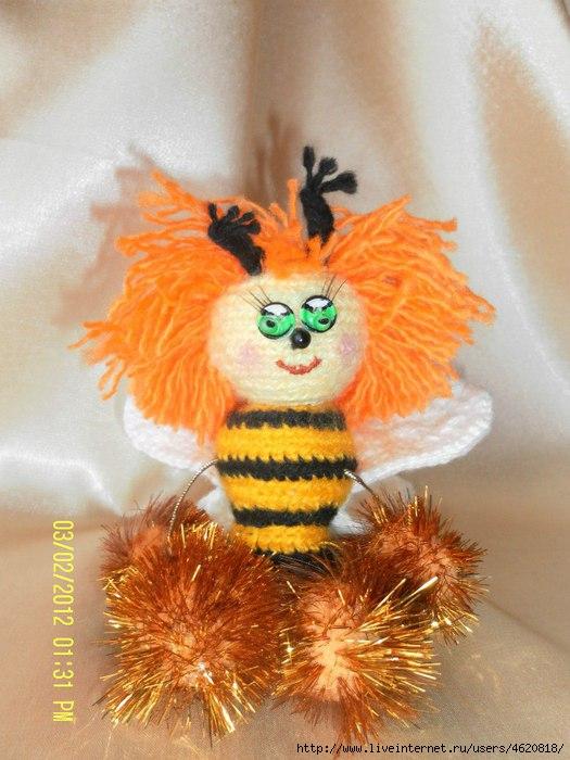 пчёлка (525x700, 204Kb)