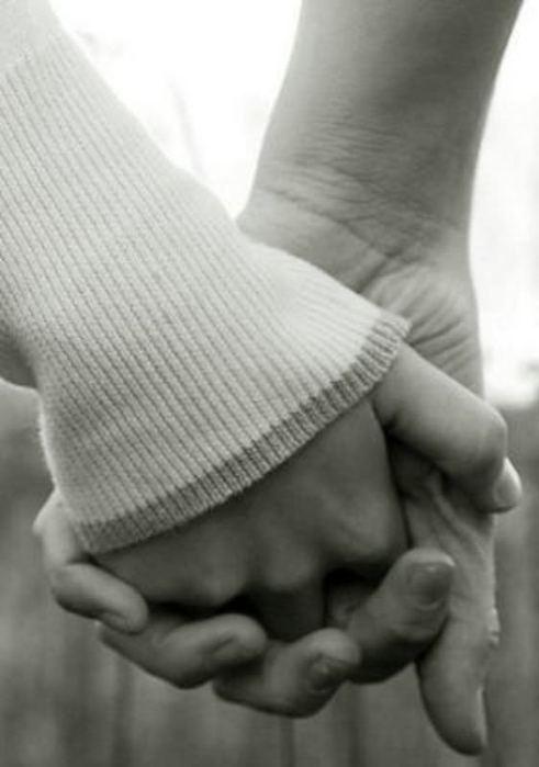hands (291x500, 31Kb)
