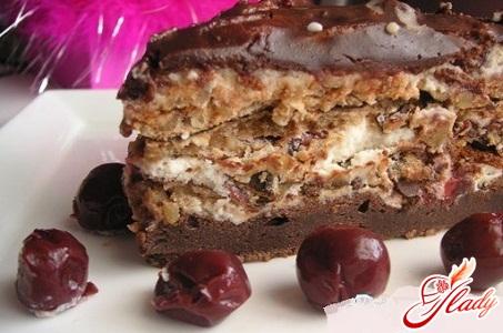 торт из чернослива и безе рецепт