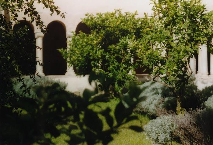 Бенедиктинское аббатство Фосанова :Fossanova 31758