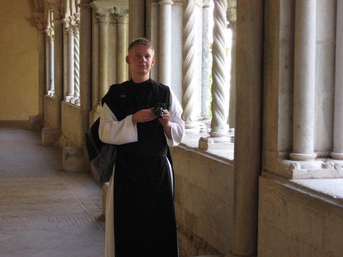 Бенедиктинское аббатство Фосанова :Fossanova 61126