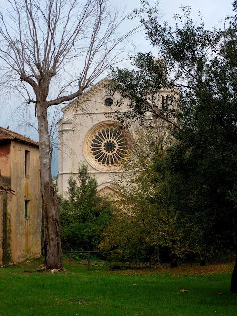 Бенедиктинское аббатство Фосанова :Fossanova 59514