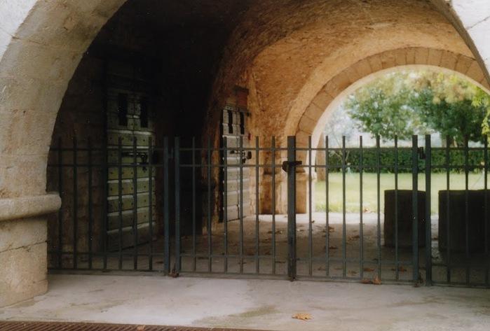 Бенедиктинское аббатство Фосанова :Fossanova 59884