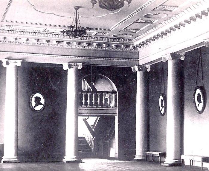 кол театр фойе (700x574, 239Kb)