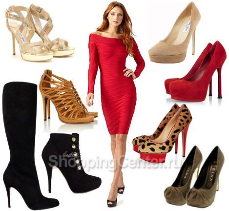 бежевые туфли и черное платье фото