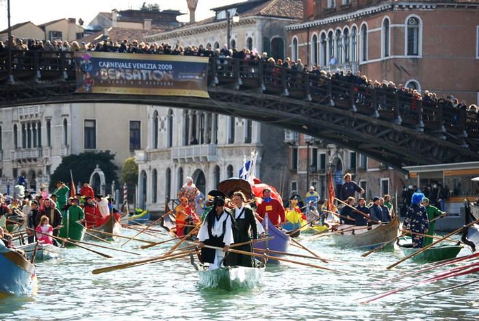 Венецианский карнавал (700x469, 134Kb)