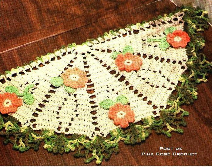 Tapete Meia Lua Floral_ Croche- PRoseCrochet (700x553, 119Kb)