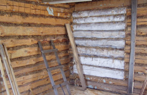 Чем выровнять стены в деревянном доме своими руками