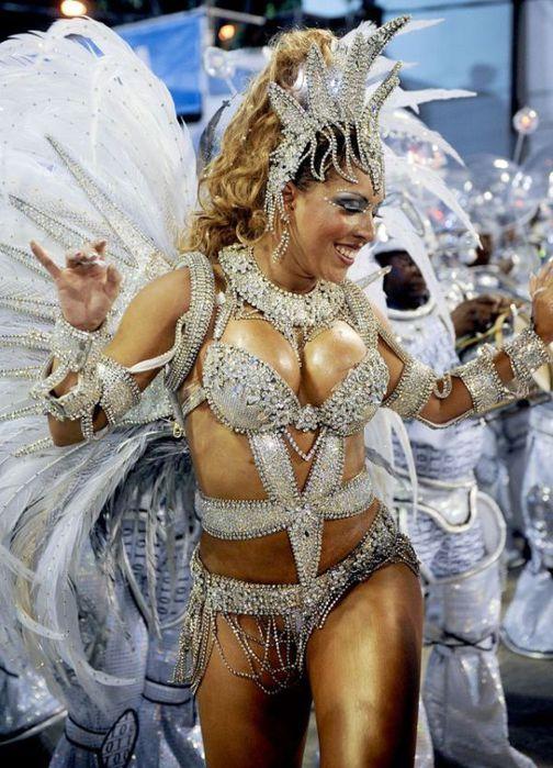 4617818_rio_de_janeiro_carnival_girls_68 (504x700, 87Kb)