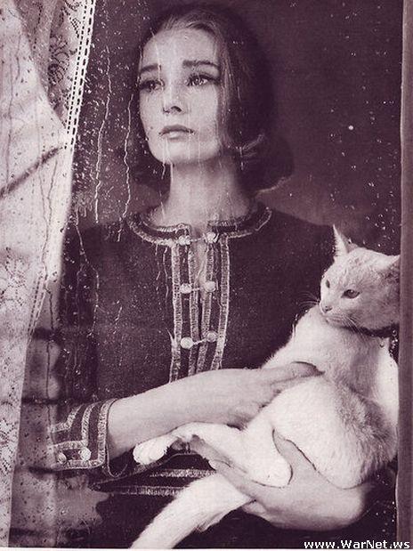 Одри Хепберн для журнала Bazaar 1959 (464x619, 69Kb)