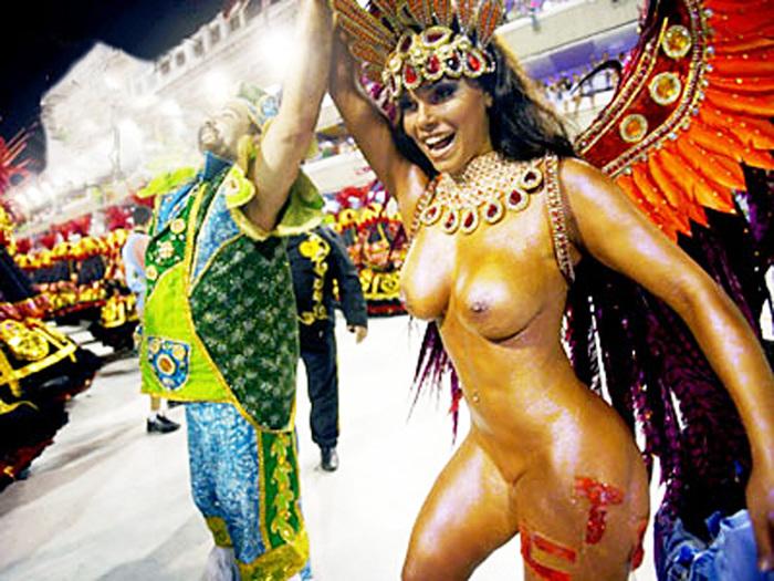 Секси бразильянки на карнавале