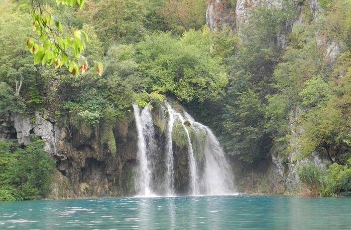 Водопад_в_Хорватии (700x459, 90Kb)