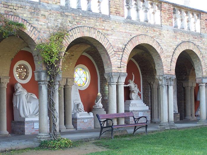 Замок Бори- Замок вечной любви (Bory var, Szekesfehervar) 82169