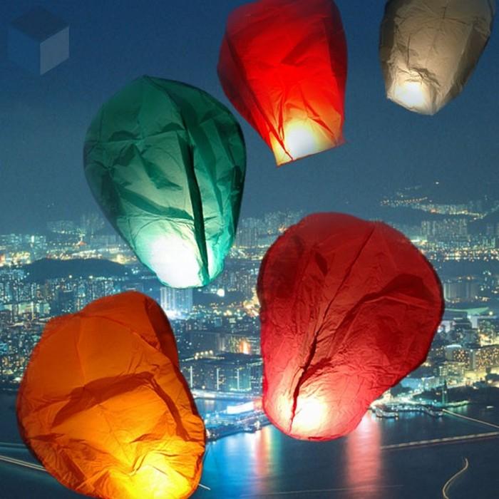 Красивые небесные фонарики над вашим городом 12 (700x700, 108Kb)