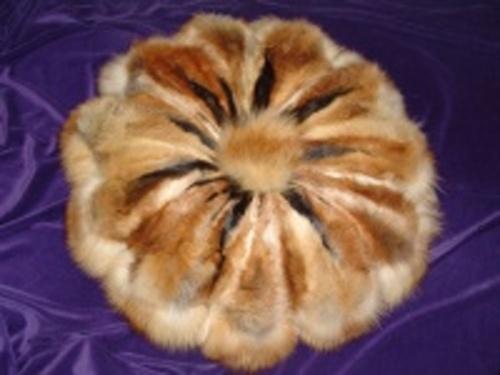подушка из лапок лисы (500x375, 54Kb)