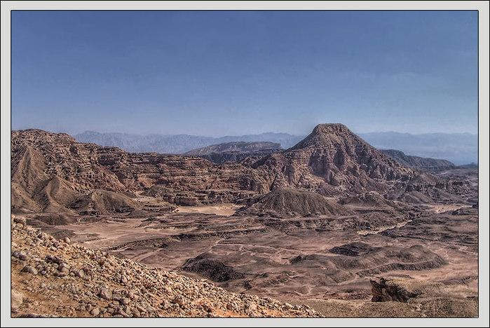 Затерянный митр. Синайская пустыня/3673959_2 (700x468, 110Kb)