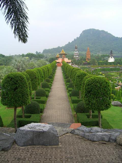 Парк Нонг Нуч (Nong Nooch Tropical Garden) 72910