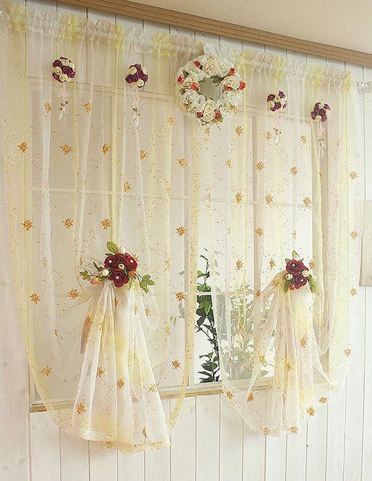 Красивейшие кухонные шторы