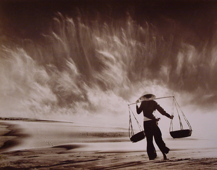 Hong_Oai_Don_Sandstorm_Vietnam_870_303 (700x549, 153Kb)